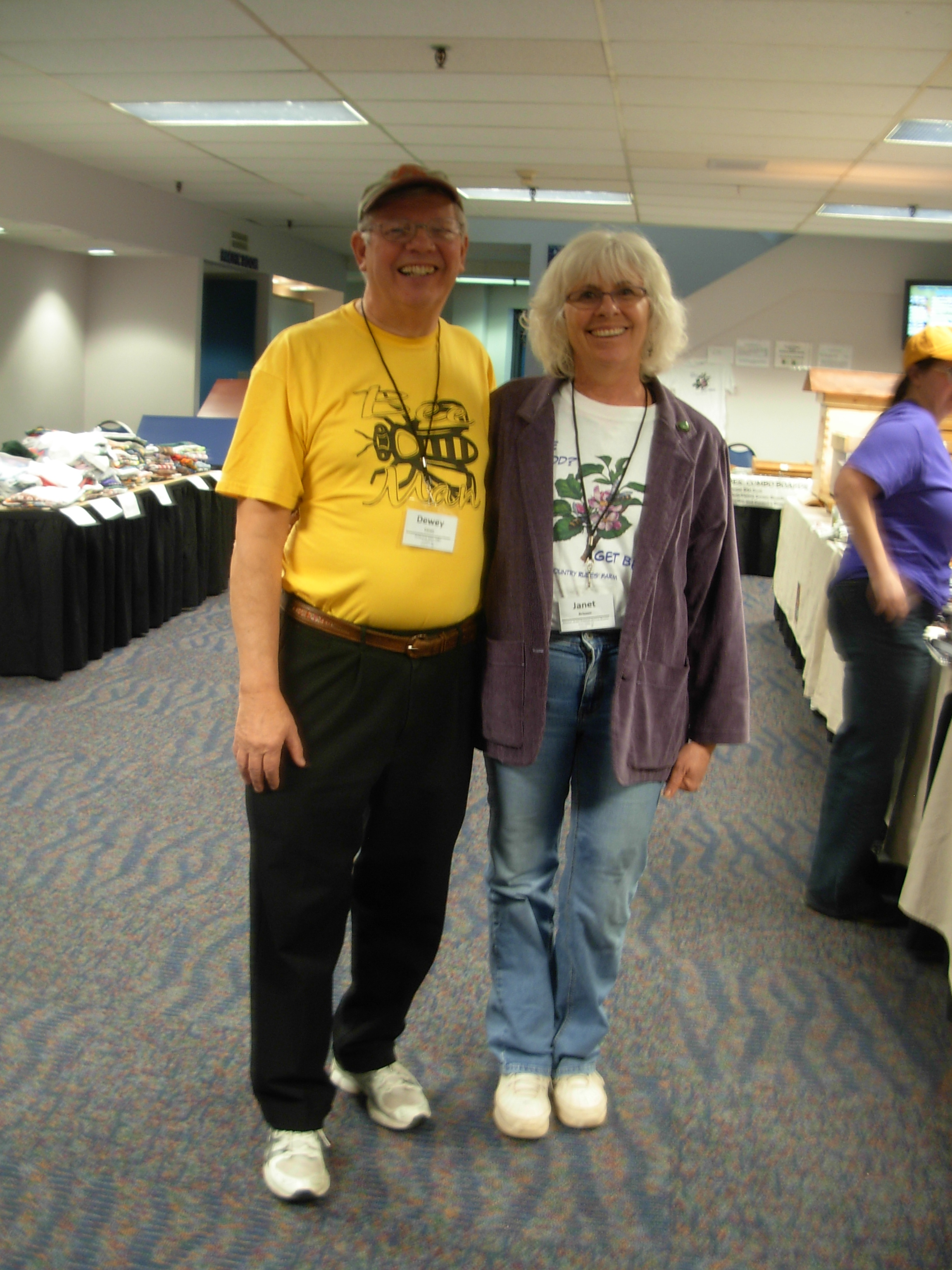 Dr. Dewey Caron  at California State Beekeeping Conference